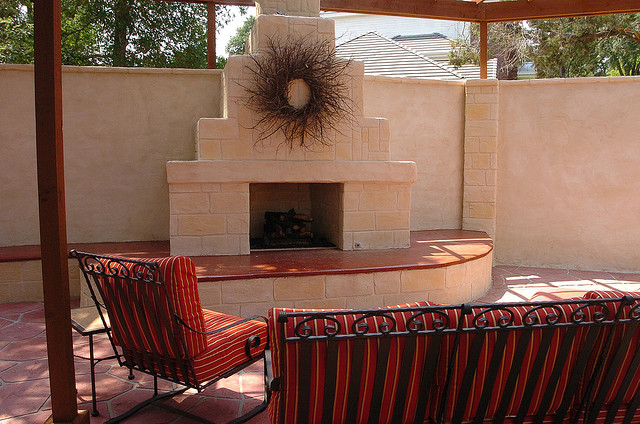 Why an Outdoor Fireplace is Always an Excellent Investment