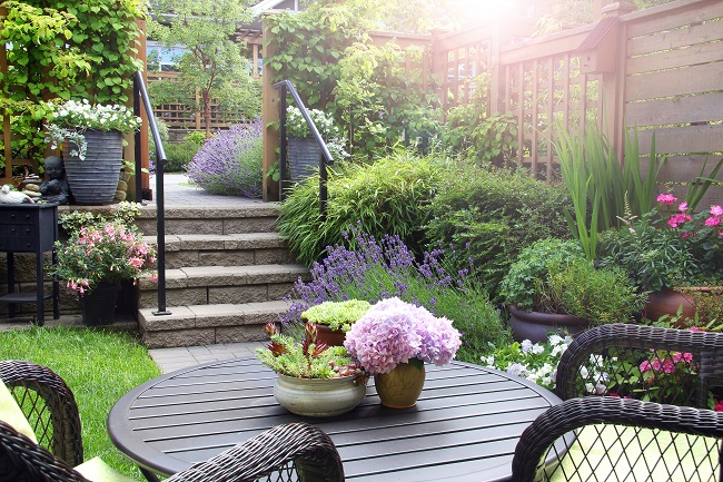 5 Awesome Design Tips for Small Backyards