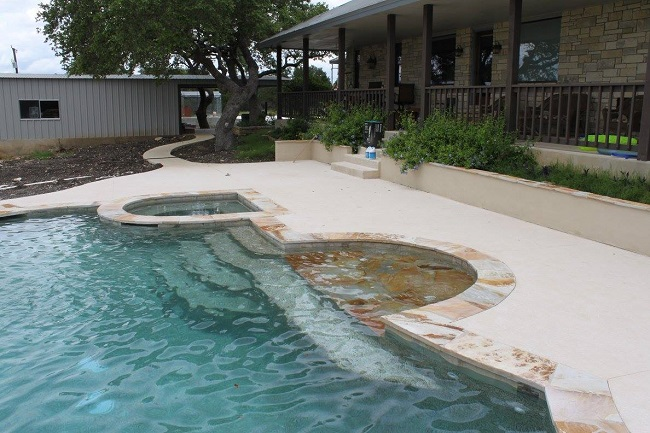 Pool Construction Ideas for Adding Fun to Your Backyard