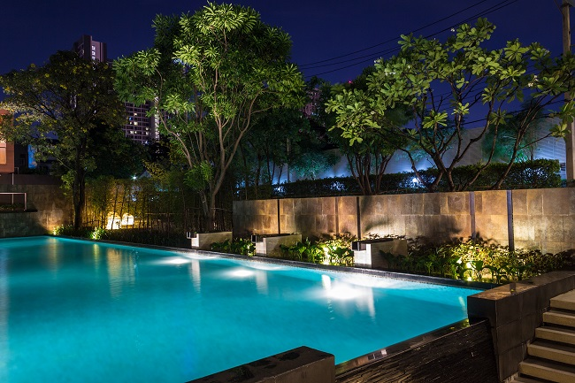 3 Essential Tips to Help You Create a Versatile and Practical Pool Design